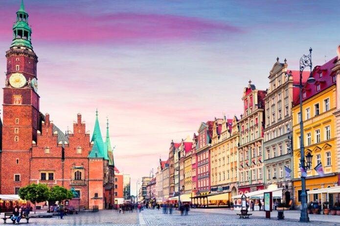 Rododendrų rojus ir nepakartojama muziejų naktis Vroclave!