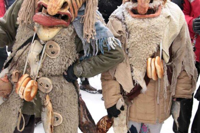 Velniškai smagios Užgavėnės Rumšiškėse, aplankant Velnių muziejų