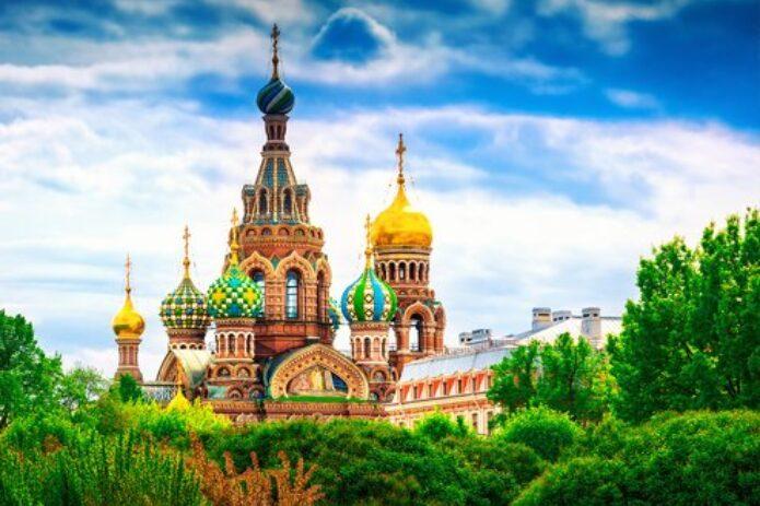Prabanga žėrintis Sankt Peterburgas!