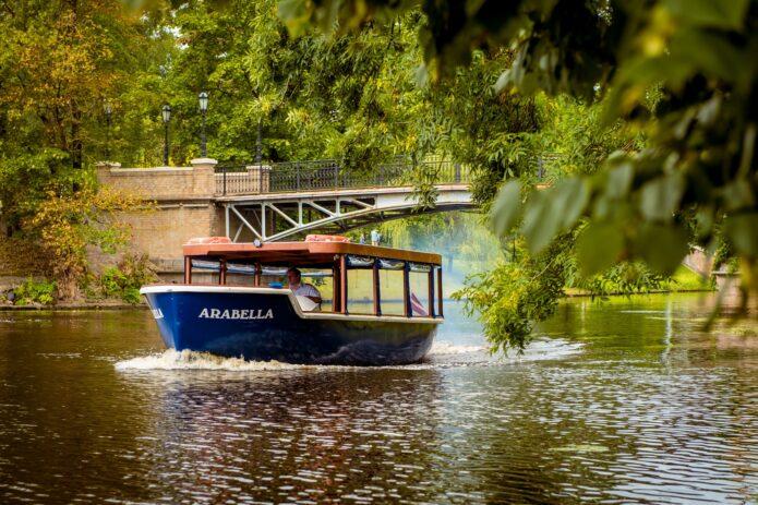 Baltijos perlas – Ryga, botanikos sodas ir kruizas Rygos kanalu!