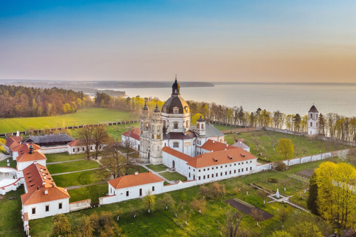 Paveldo sodų turas aplankant didingąjį Pažaislio vienuolyną!